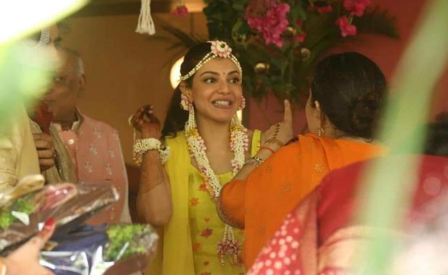 Viral Photos: Kajal Aggarwal Gautam Kitchlu Wedding Festivities Begin - Sakshi
