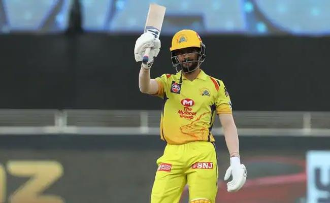 CSK Won The Match By 6 Wickets Against KKR - Sakshi