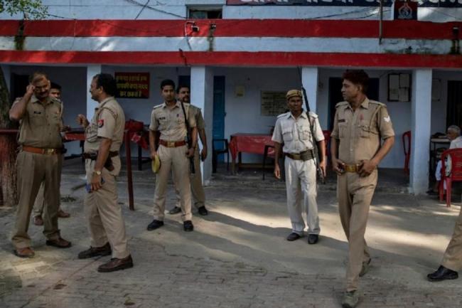 Husband of Dalit Village Head Succumbs to Burns in UP Amethi - Sakshi