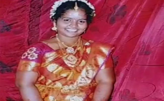 Minor Girl Suspiciously Deceased In Guntur District - Sakshi