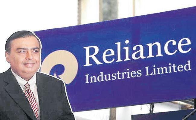 Reliance Industries Q2 net profit drops 15 pecent at Rs 9567 crore - Sakshi