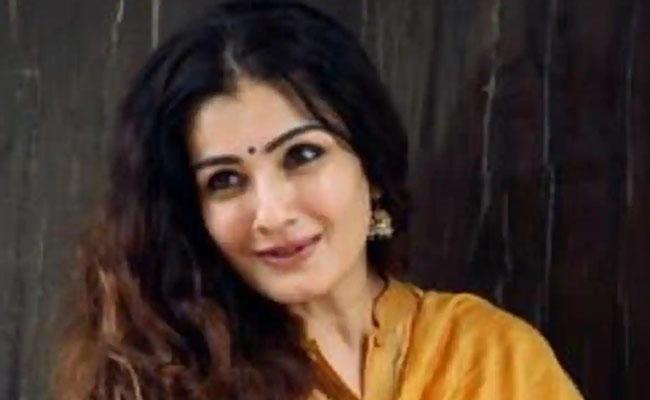 Raveena Tandon files FIRover fake Twitter account in her name - Sakshi