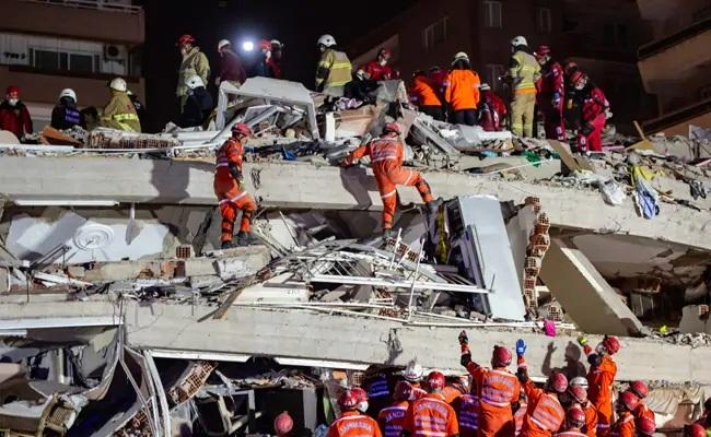 Videos Capture Horrific Turkey Quake - Sakshi