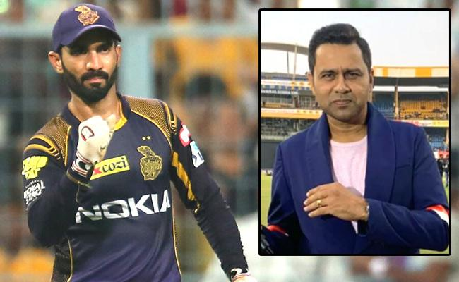 aakash chopra questioned dinesh karthik on batting order of kolkata knight riders - Sakshi