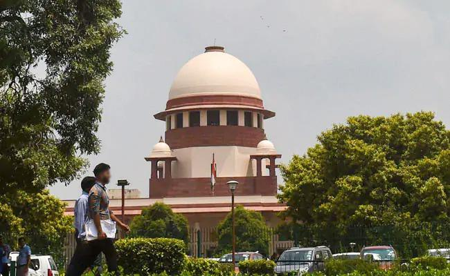 Supreme Court Takes up Issue of Pending Cases Against Lawmakers - Sakshi