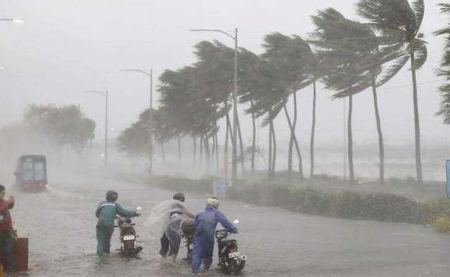 Two Days Of Heavy Rains In AP With Low Pressure Effect - Sakshi