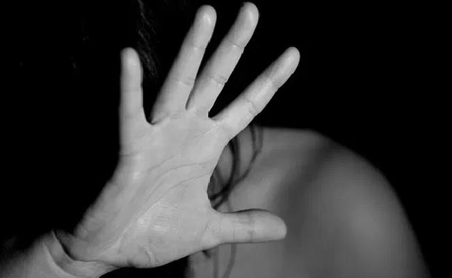 37 Year Old Yoga Enthusiast From US Raped In Rishikesh - Sakshi