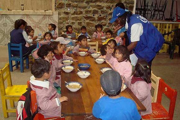 World Food Programme Wins Nobel Peace Prize - Sakshi
