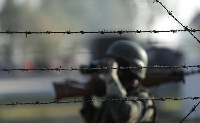 Tension at Assam-Mizoram border as many hurt in violent clash - Sakshi