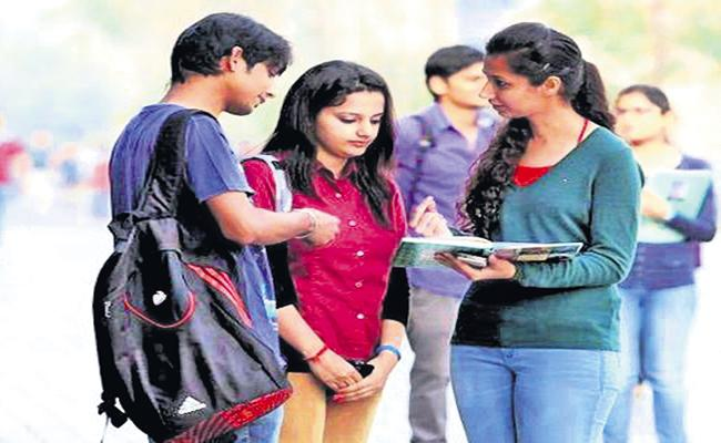 Release of Academic Calendar for Degree and PG Colleges - Sakshi