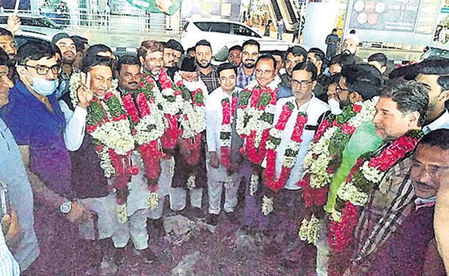 Bihar AIMIM MLA Reached Hyderabad - Sakshi