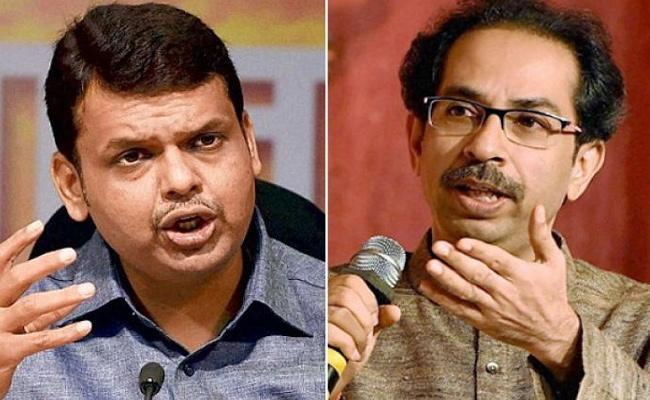 devendra fadnavis Comments On Shiv Sena Govt - Sakshi