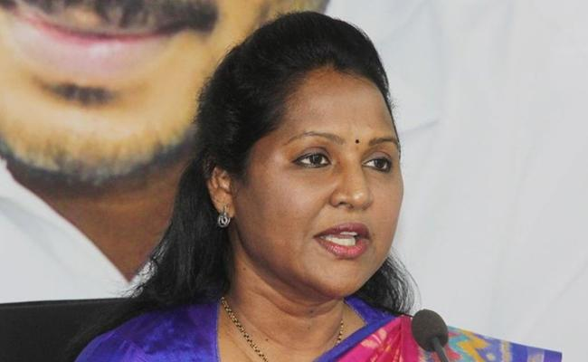 Tadikonda MLA Undavalli Sridevi Fires On Yellow Media - Sakshi
