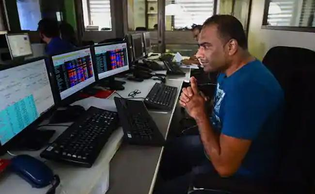 SGX Nifty indicates market may open in negative zone again - Sakshi