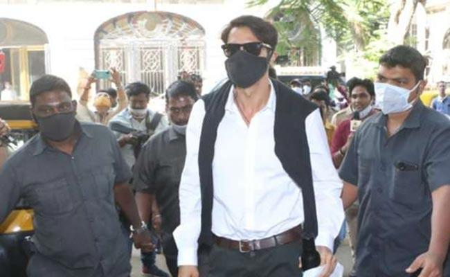 Drug Case: Arjun Rampal Questioned By NCB Over 6 Hours - Sakshi