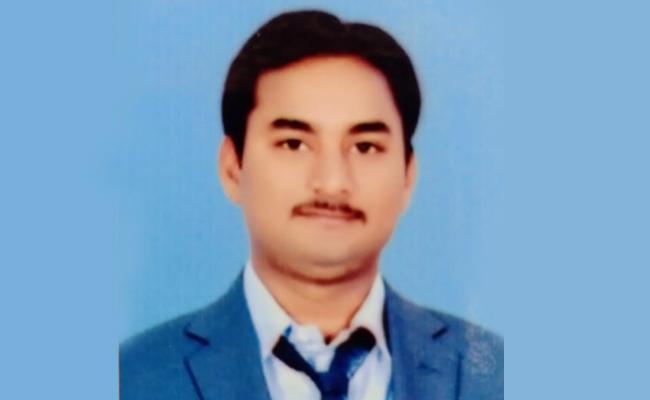 Rummy: Man Last Breath Over Play Online Rummy In Visakhapatnam - Sakshi