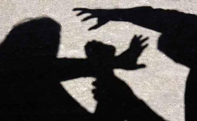 Son Molested And Assassinate His Mother In Karnataka - Sakshi