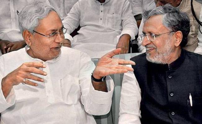 Sushil Modi step down from post of Bihar Deputy CM - Sakshi