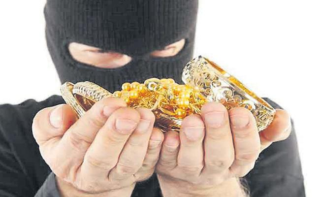 Tatlu Bazi Gang Robberies Increased In Hyderabad - Sakshi