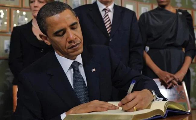 Obama In Memoir Spent Childhood Listening To Ramayana Mahabharata - Sakshi