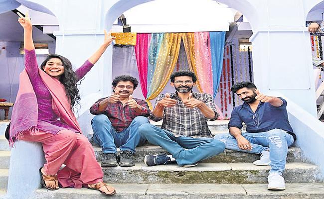 Naga Chaitanya and Sai Pallavi wrap up the shoot of Love Story - Sakshi