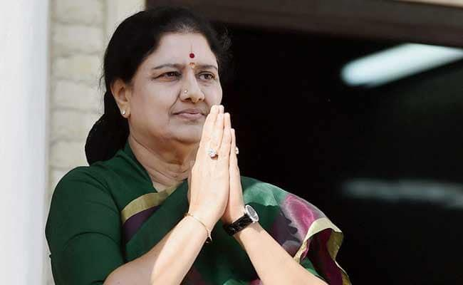 VK Sasikala Pays Ten Crore Fine To Civil Court - Sakshi