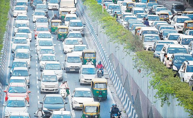 Record festive demand drives auto sales in October - Sakshi