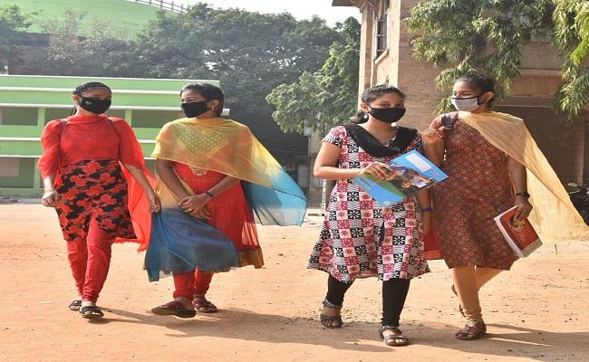 AP Education Department Decide To Create Stress Free Academic Year - Sakshi
