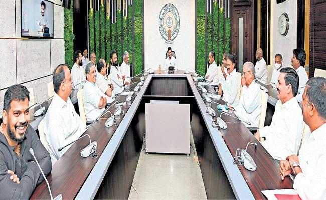 YSRCP Leaders Says CM YS Jagan Responsible For Tirupati Loksabha Candidate - Sakshi