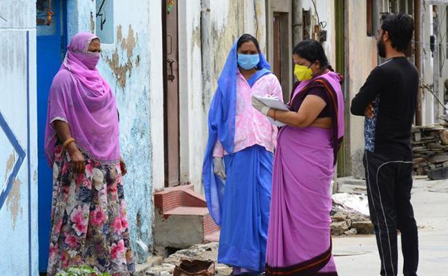 Delhi Govt Decides To Covid 19 Survey Panic Among Primary Teachers - Sakshi
