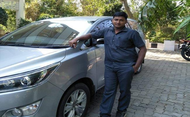 AR Constable Deceased In Road Accident At Krishna District - Sakshi