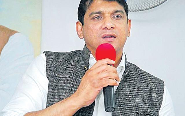 CBI has become pan shop under BJP government - Sakshi