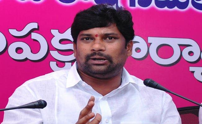 Balka Suman Fires On BJP And Pawan Kalyan - Sakshi