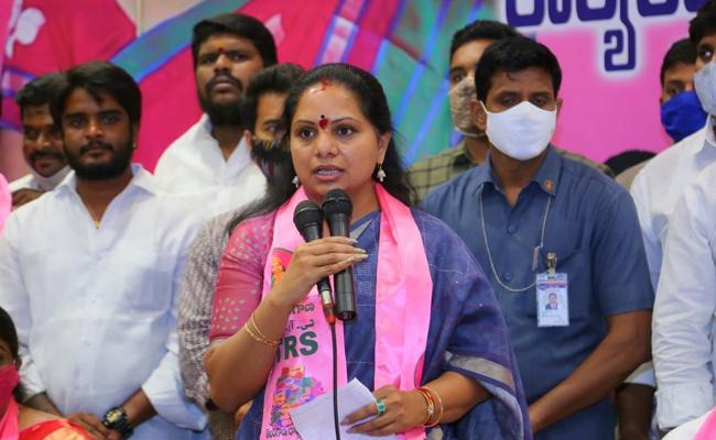 GHMC Elections 2020 MLC Kavitha Slams Union Minister Kishan Reddy - Sakshi
