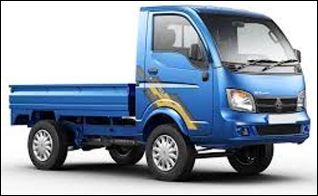 AP Govt Distributes Mini Trucks For Poor Unemployes - Sakshi