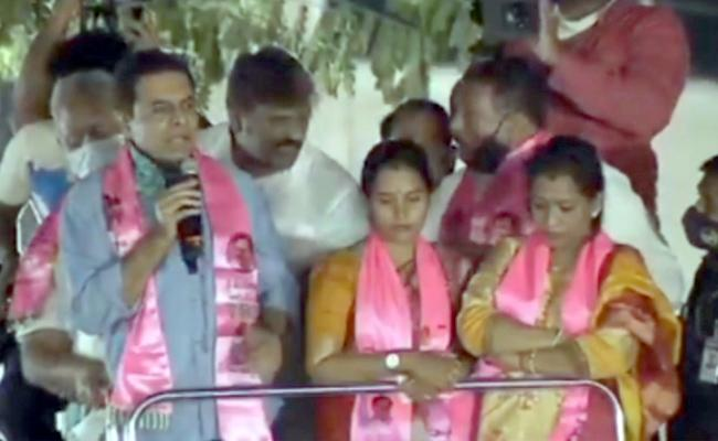 KTR Roadshow in Khairatabad And Jubilee Hills Constituency - Sakshi