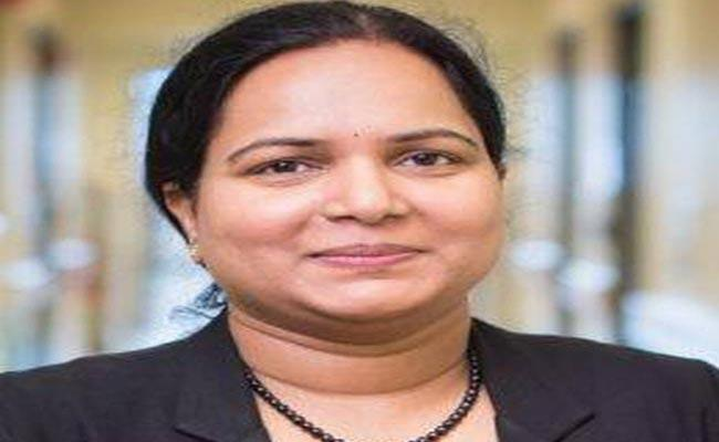 Indian American Doctor Identifies Possible COVID-19 Treatment - Sakshi