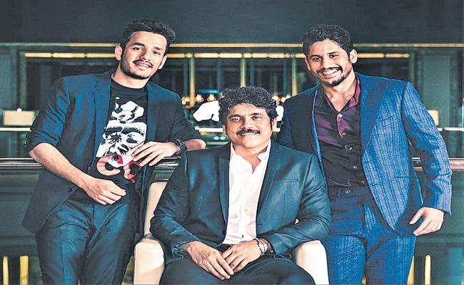 Vikram k kumar next movie with Nagarjuna akkineni - Sakshi