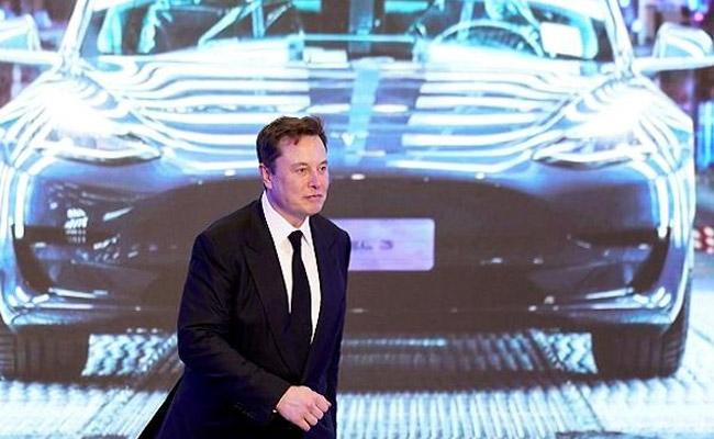 Elon Musk Says Chinese Rival Xpeng Stole Tesla and Apple Codes - Sakshi