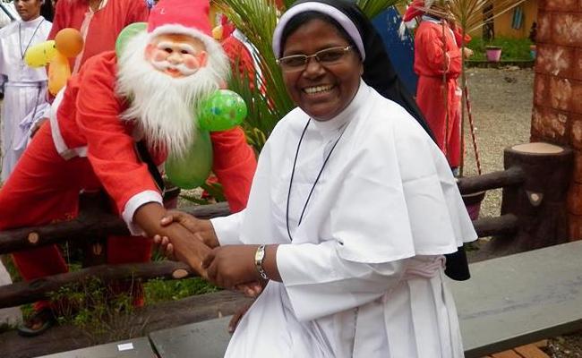 Sr Phincitta: 53 Year Old Kerala Nun Great Fond of Driving Buses - Sakshi