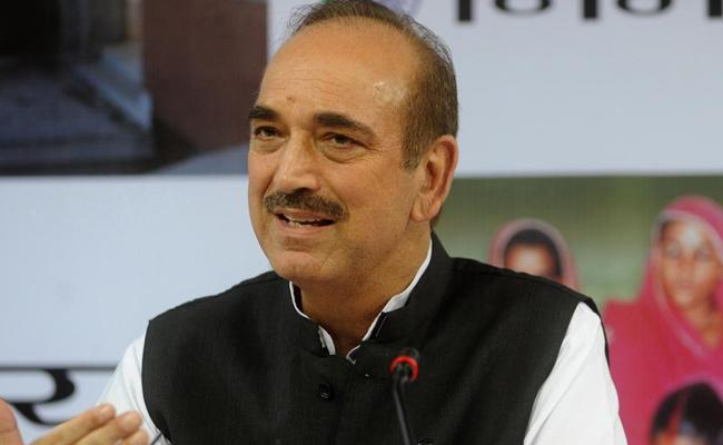 Gulam Nabi Azad Comments On Congress Party Leaders - Sakshi