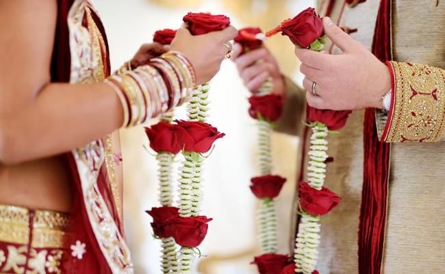 We Dont See Religion In Marriage Allahabad High Out - Sakshi