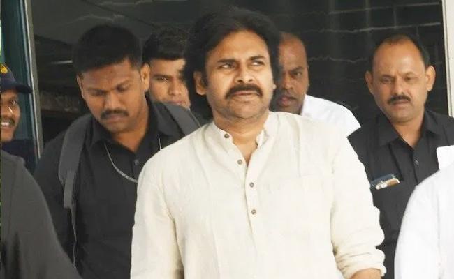 Pawan Kalyan Delhi Tour No Appointment To Meet BJP Leaders - Sakshi