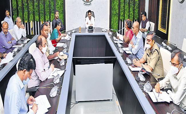 CM YS Jagan Holds Review Meeting On Nivar Cyclone - Sakshi