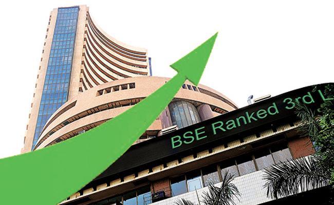 Market hit new highs- Bank nifty crosses 30,000 mark - Sakshi