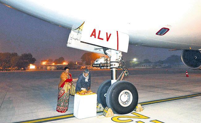 President Ram Nath Kovind First Travel In Air India One - Sakshi