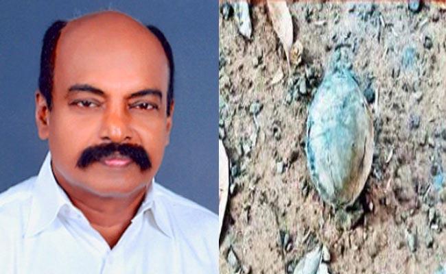 Rajya Sabha Member Vijayakumar Survived From Bomb Blast - Sakshi
