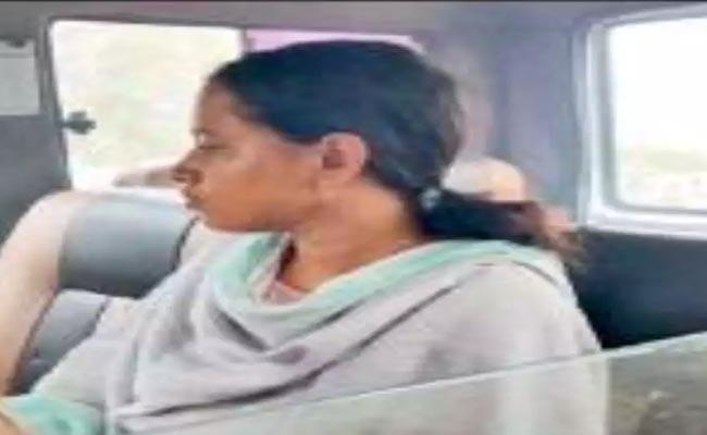 Bangladeshi Woman Arrested In Chennai - Sakshi