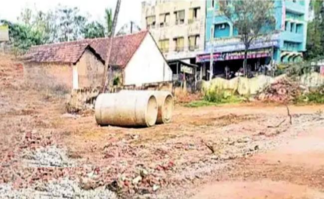 TDP Realtor Illegal Land Mafia In East Godavari District - Sakshi