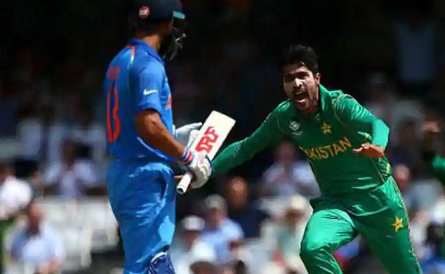 Amir Says Pakistan Batsman Is Tougher To Bowl To Than Kohli - Sakshi